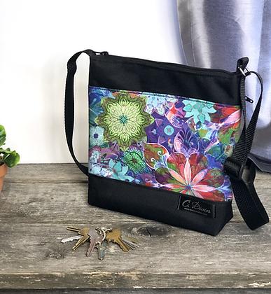 #402 Petit sac Percé fleurs colorées