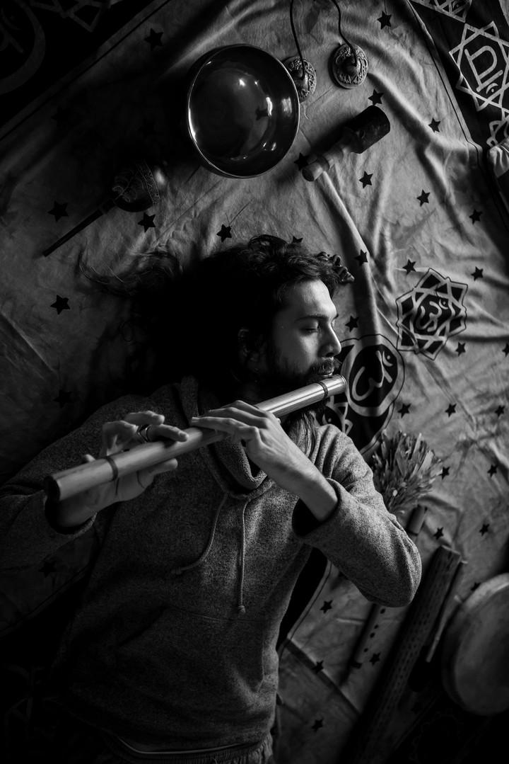 Ruy Hinostroza - Musician