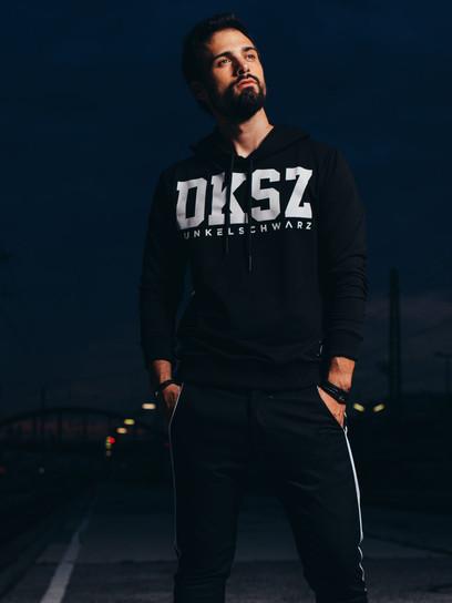 """Shooting für das Label """"Dunkelschwarz """" Fotograf: Daniel Schalhas"""