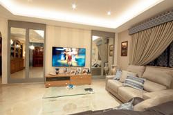 mirror design living area