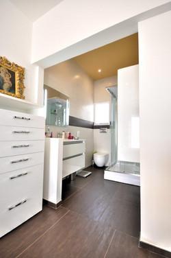 contemporary home interiors (10)