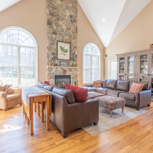 Real Estate Photography - Living Rooms -2.webp