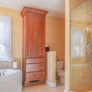 Drone Photography (Bathroom) - Rockland County