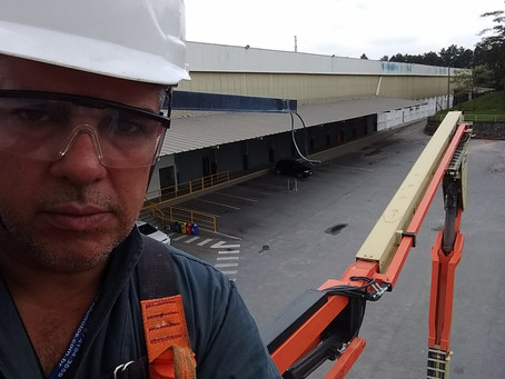 Trabalhos elétricos em altura