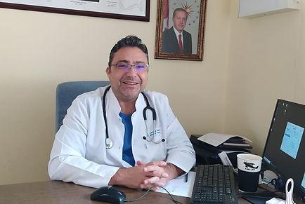 Dr.Ahmet Hasiripi.jpeg