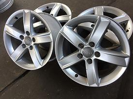 4x Audi Alufelgen gebraucht Jawan Reifen und Autoservice