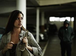 Femme harcelées au Garage