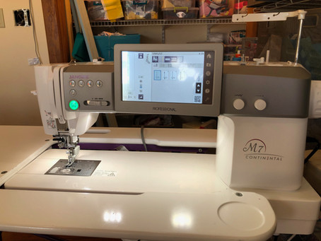 A Review of Mongo Jennie, my new Janome M7