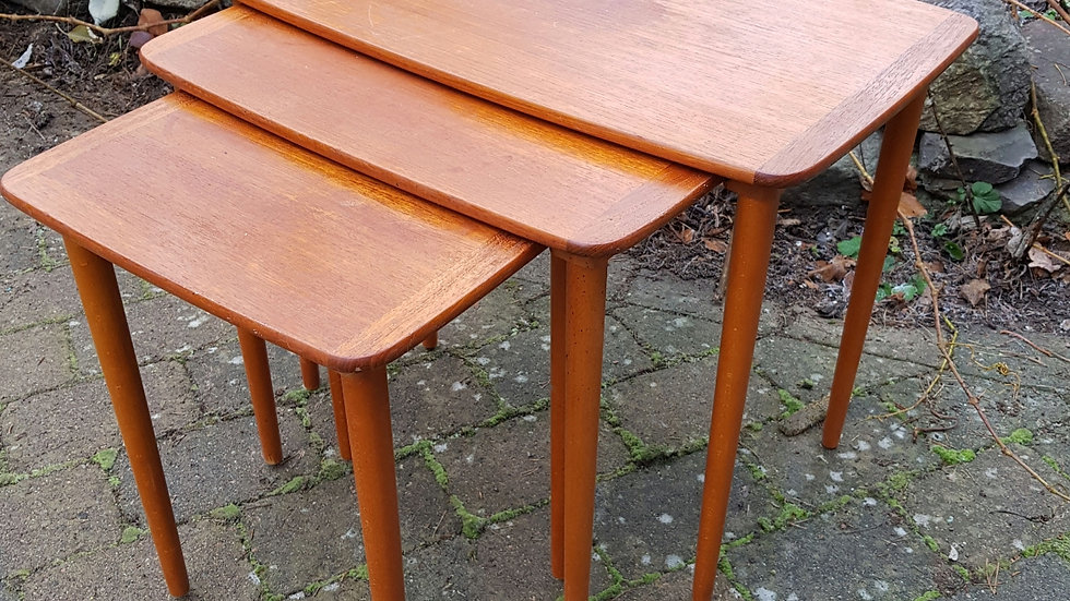 3 delt teakbord
