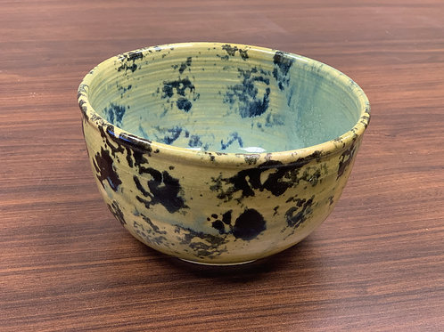Lot 134 - Big Spotted Bowl