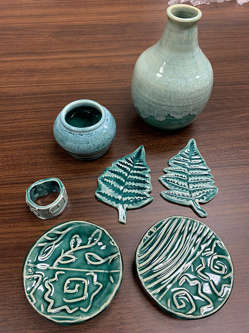 Lot 169 - Teal Set