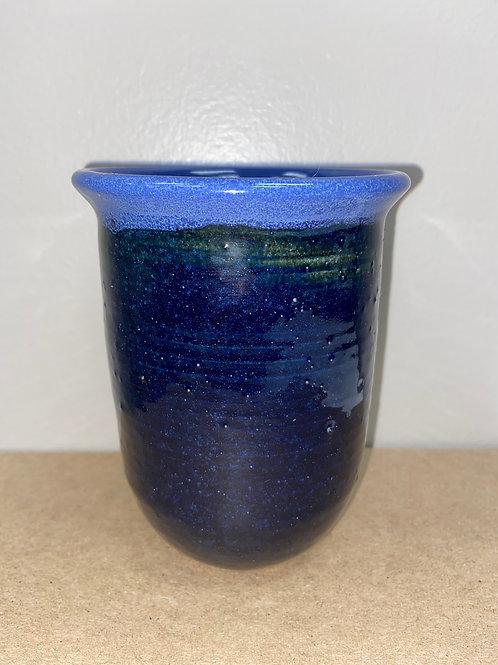 Lot 246 - Vase