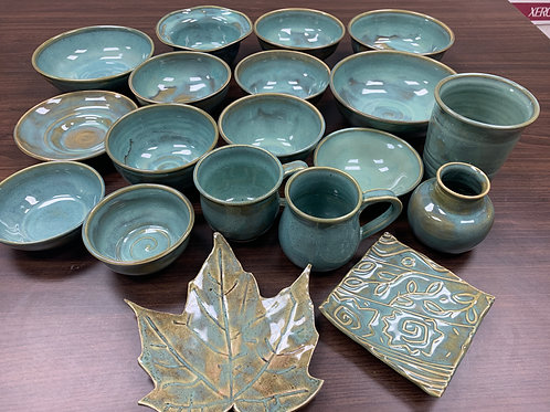 Lot 108 - Teal set