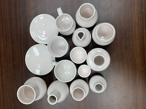 Lot 111 - White Set