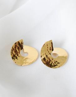 MOMAR dorées.jpg