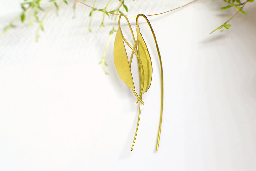 Special drops - gold earrings