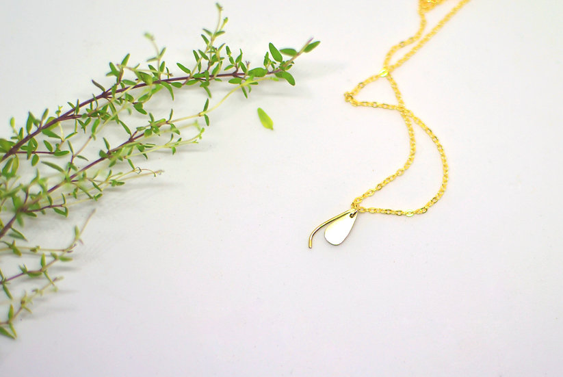 Tiny drop - Gold necklace