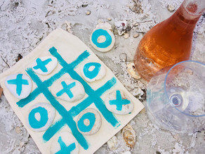 Make a beachy Tic Tac Toe