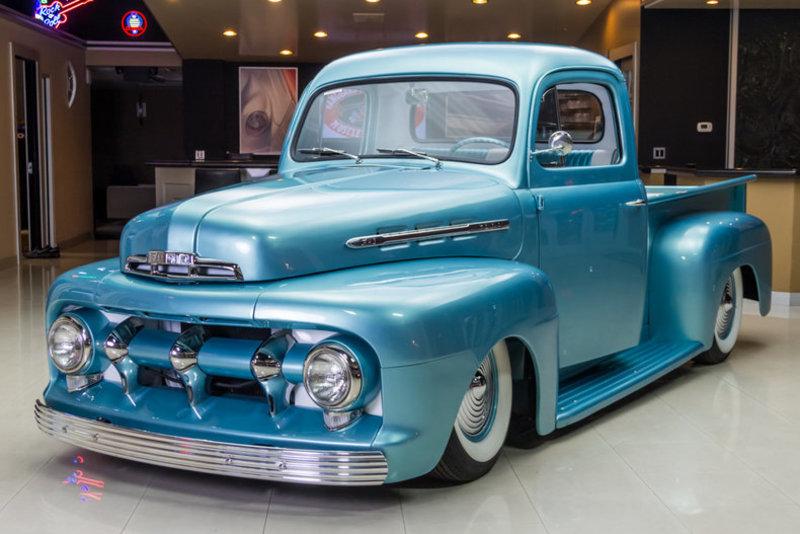1951 Ford F1b