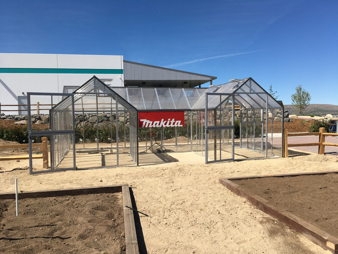 Modular Greenhouses - Makita 2