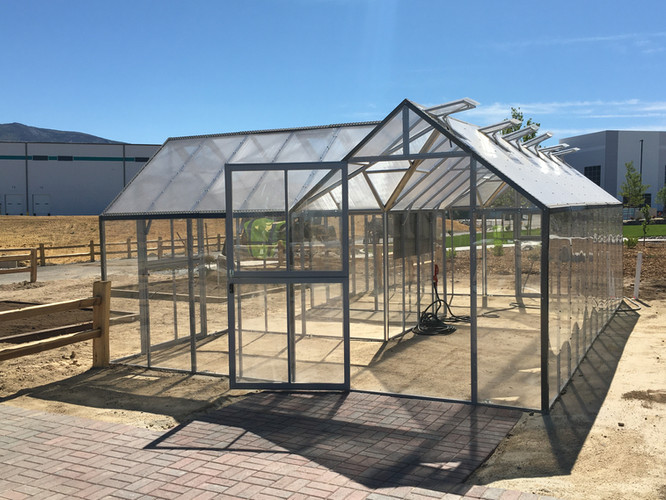 Modular Greenhouses - Makita 3