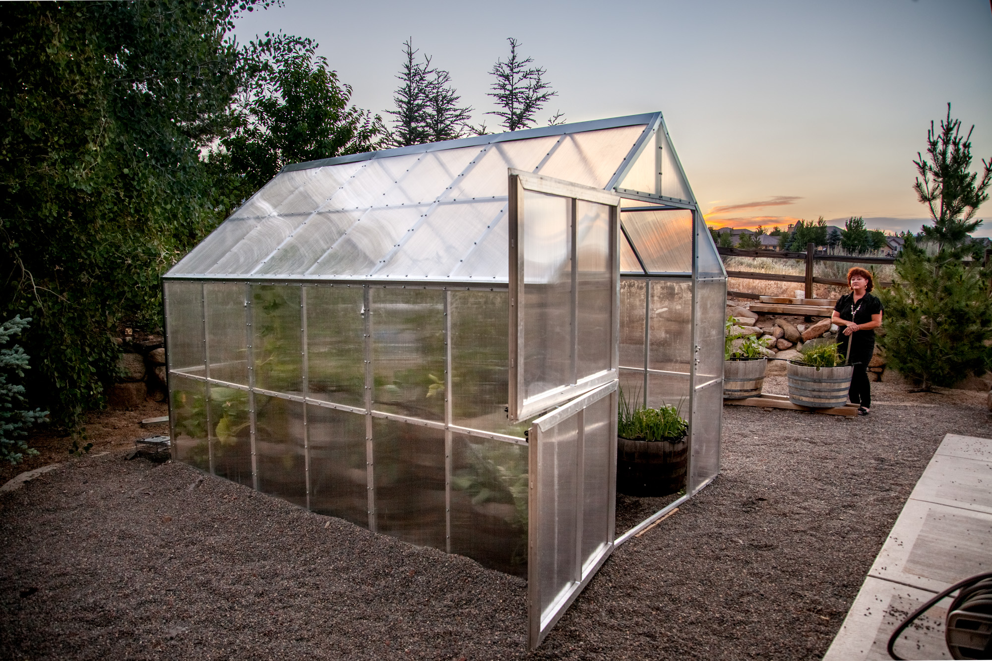 MODULAR BACKYARD GREENHOUSE