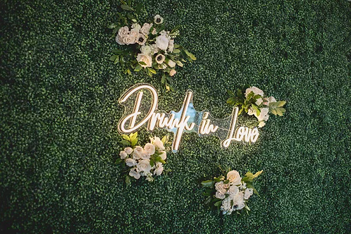 """""""Drunk in Love"""" Light-up Sign"""