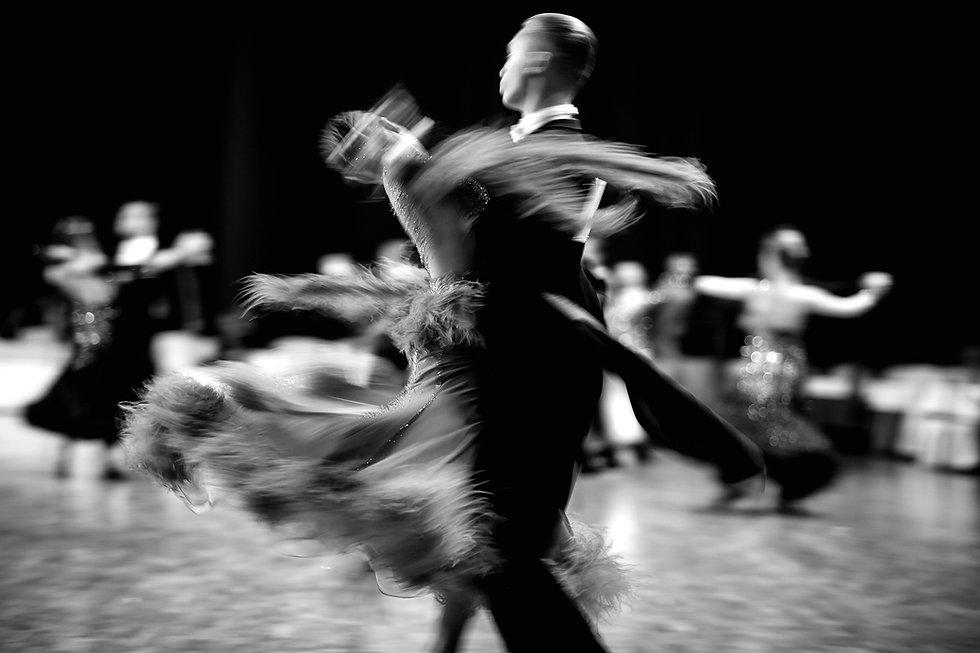 ballroom dance couple dancers waltz blur
