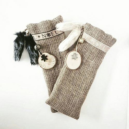 A gorgeous pair of Black and Cream Noel Bottle Bag