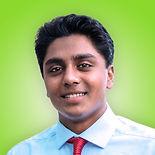 Arjun Moorthy-18-18-headshot.jpg