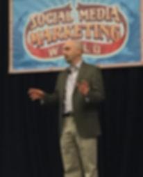 Dan Gingiss, speaker at the 2016 Social Media Marketing World conference