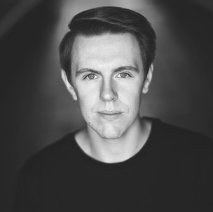Gavin Richards