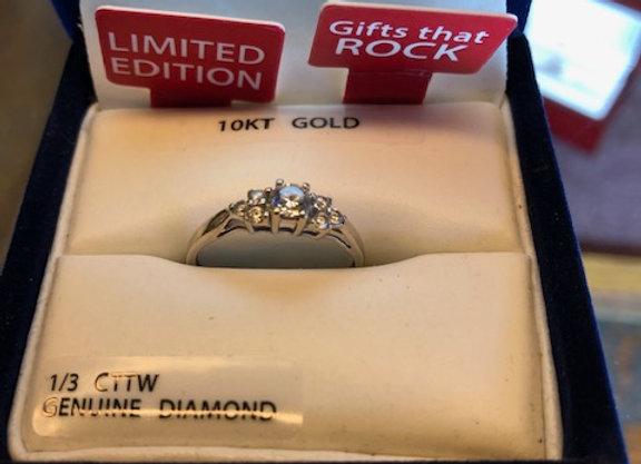 Ladies Ring 10Kt gold