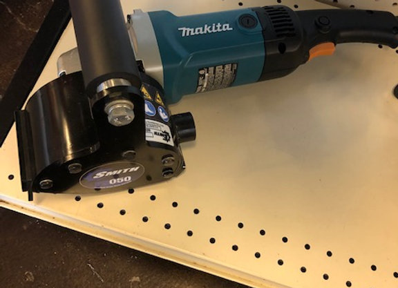 SMITH Manufacturig FS050™ Handheld Scarifier with Makita Grinder