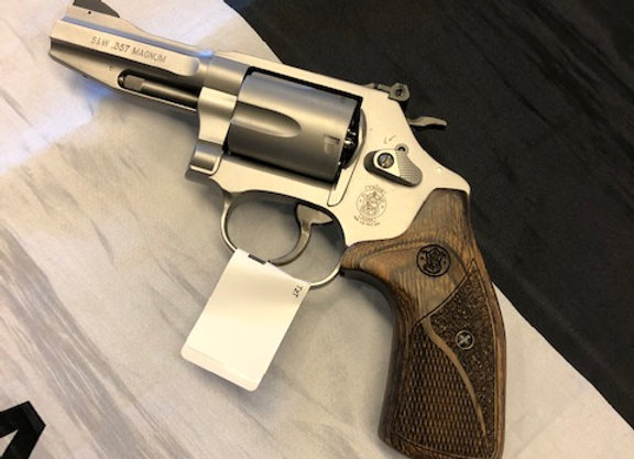 Smith & Wesson 60-15 Revolver