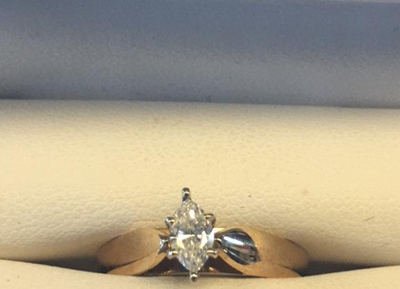 14KT Ladies Ring