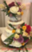 live flower 3 tier wedding cake_edited.j