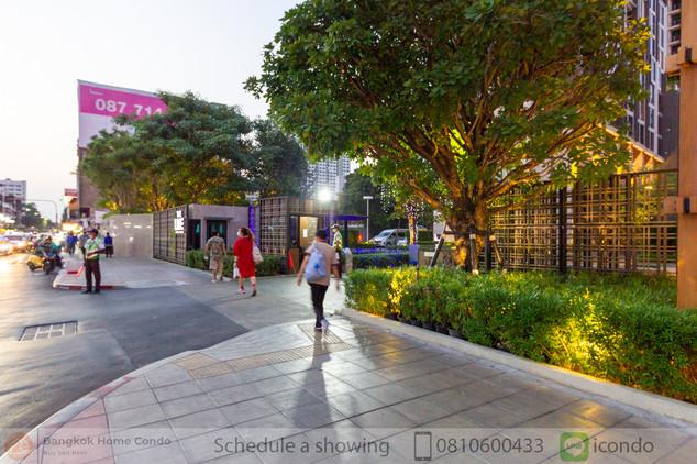 The Line Phahon-Pradipat common-29.jpg