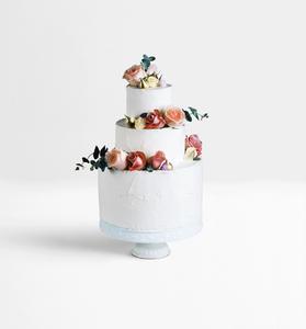 עוגת חתונה - דומה לא?