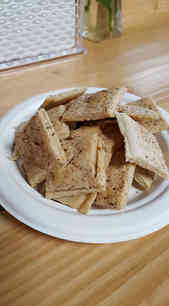 Fresh gluten free crackers
