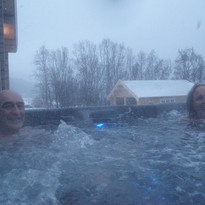120219_546 Fred & Marnie in spa.JPG