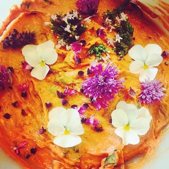 🌸Kräuter-Aufstrich mit essbaren Blüten
