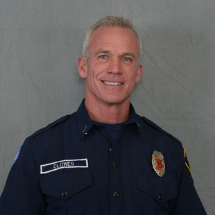 Battalion Chief Darrel Clowes    joined South Bay Fire in January, 2020. He has been in the fire service 2 years as a volunteer in LA County California, and spent the past 15 years as a Firefighter, Engineer, Captain, and Acting Battalion Chief for a 155 member career department near Kansas City.  As well as being a credentialed Fire Officer with the Center for Public Safety Excellence, he has obtained an Associate's degree in Fire Science and a Bachelor's degree in Fire and Emergency Management.  Prior to joining the department he worked for 15 years as both a shipbuilder in Virginia and a structural steel Ironworker in California. When time allows, he enjoys anything outdoors and spending time with his fiancé and their 5 dogs.