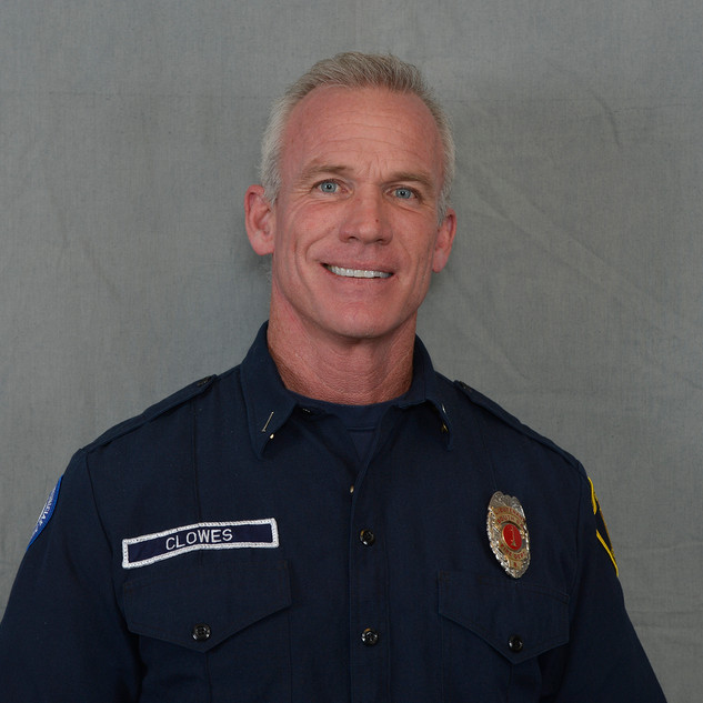 Lieutenant Darrel Clowes    joined South Bay Fire in January, 2020. He has been in the fire service 2 years as a volunteer in LA County California, and spent the past 15 years as a Firefighter, Engineer, Captain, and Acting Battalion Chief for a 155 member career department near Kansas City.  As well as being a credentialed Fire Officer with the Center for Public Safety Excellence, he has obtained an Associate's degree in Fire Science and a Bachelor's degree in Fire and Emergency Management.  Prior to joining the department he worked for 15 years as both a shipbuilder in Virginia and a structural steel Ironworker in California. When time allows, he enjoys anything outdoors and spending time with his fiancé and their 5 dogs.