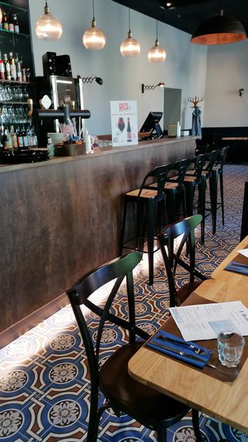 L'atelier d'Etoges Bar Terrasse.jpg