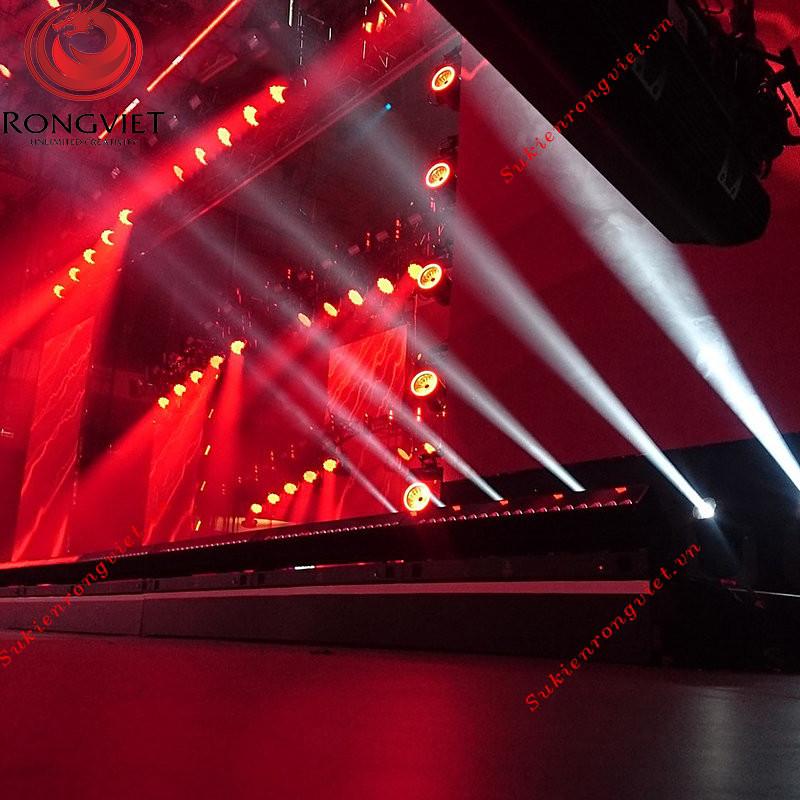Hệ thống âm thanh ánh sáng hoành tráng cho sân khấu - công ty sự kiện Rồng Việt