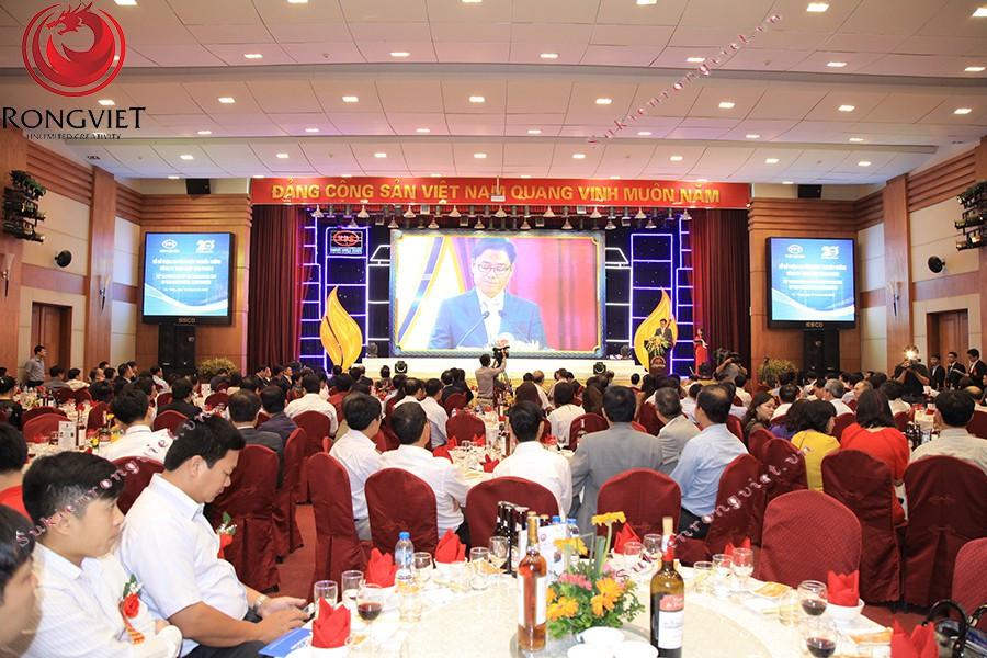 Toàn cảnh chương trình khi bắt đầu - Công ty sự kiện Rồng Việt