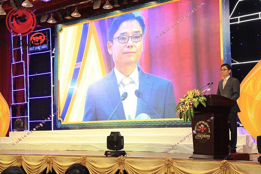 Khu vực sân khấu chính diễn ra sự kiện - Công ty sự kiện Rồng Việt