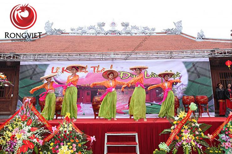 Nhóm múa dân gian - công ty sự kiện Rồng Việt