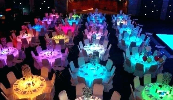 Không gian màu sắc tùy chỉnh cho sự kiện của bàn ghế LED - Công ty tổ chức sự kiện Rồng Việt